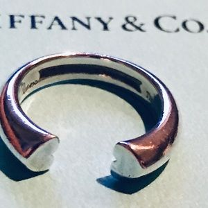 Tiffany & Co. Paloma Picasso Open Ring Two Hearts